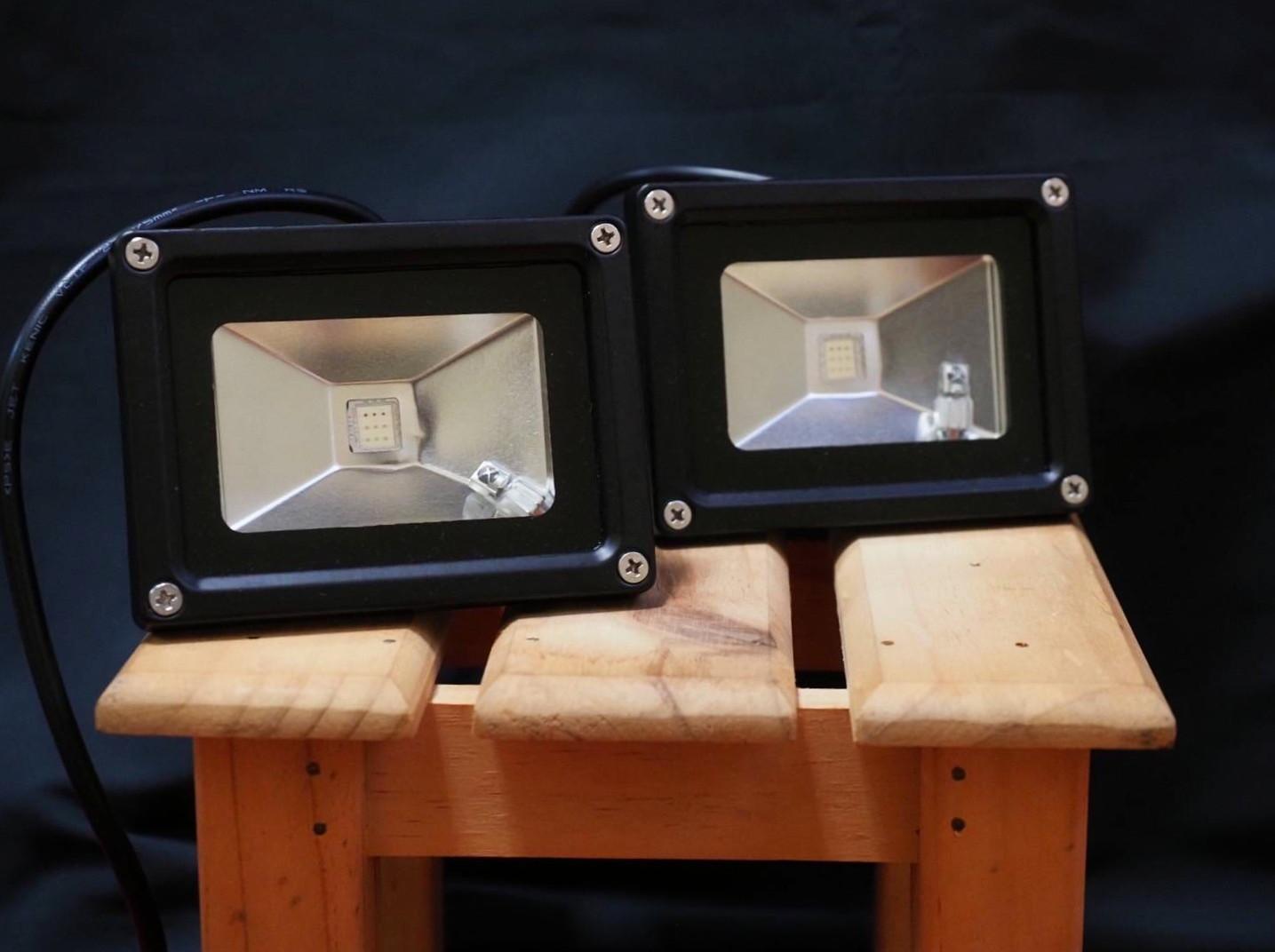 LED照明 2時間500円(2台)